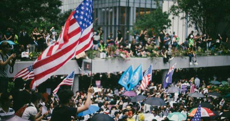 число погибших в США протесты