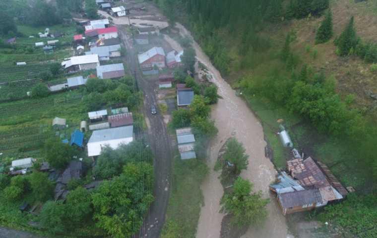 Первые данные об ущербе в затопленном свердловском городе. Более 200 пострадавших, разрушены 4 моста