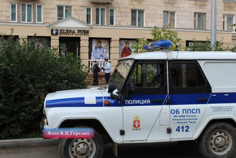 В Нижнем Тагиле воры украли из элитного магазина 107 шуб. ФОТО