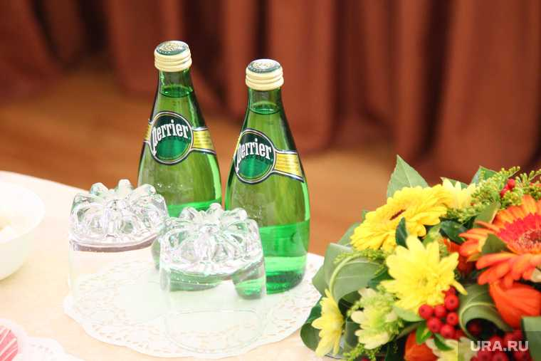 Навальный новичок певчих бутылки германия