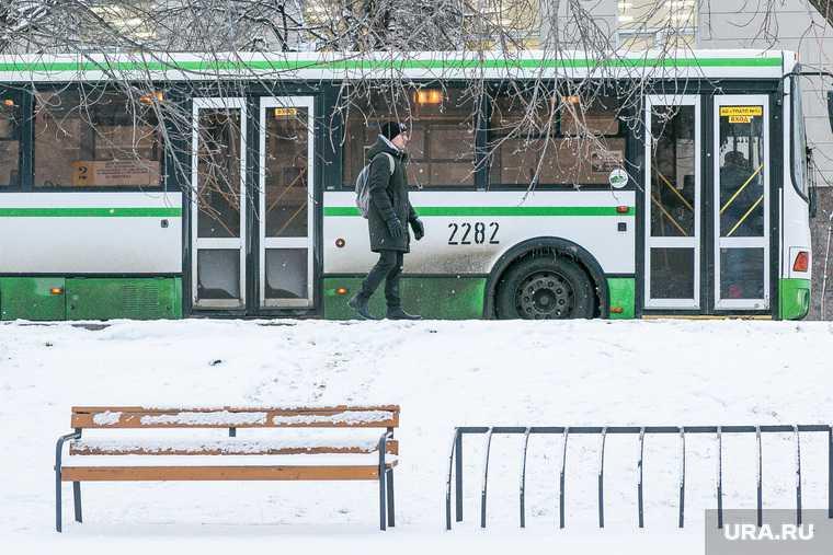 в Тюмени водитель автобуса напал на пассажира