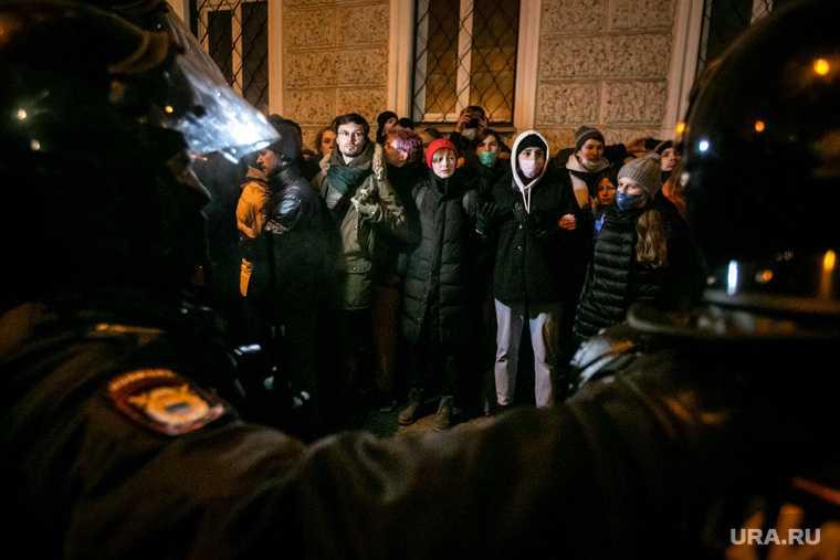 Алексей Навальный протесты митинги новые акции почему Леонид Волков
