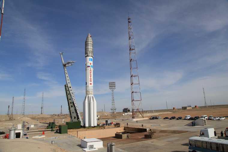 космос космонавт корабль ракета