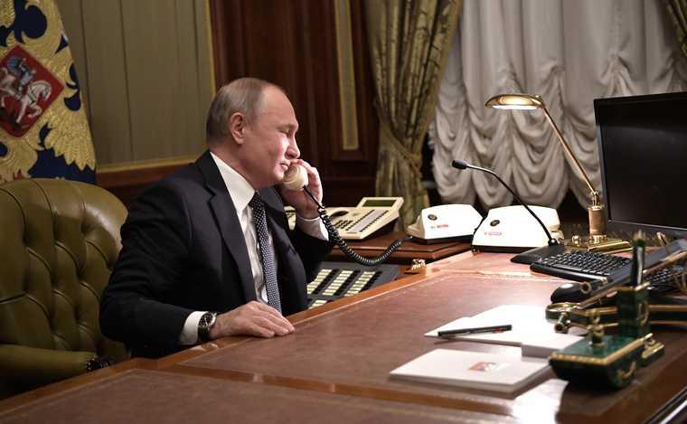 Пашинян позвонил Путину из-за протестов в Армении