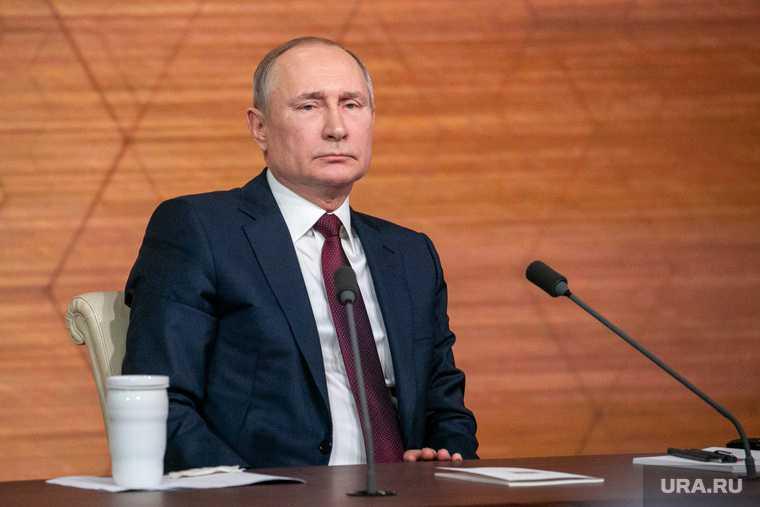 Путин оценил идею введения продовольственных карточек