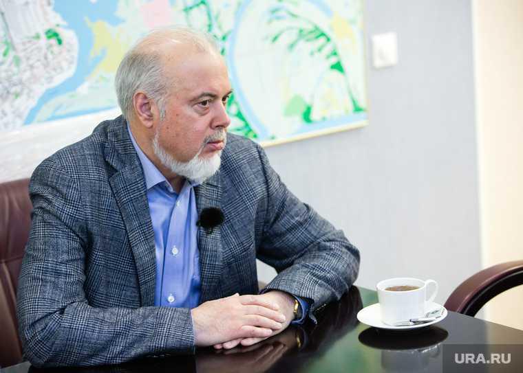 первый ректор Назин Ханты-Мансийск