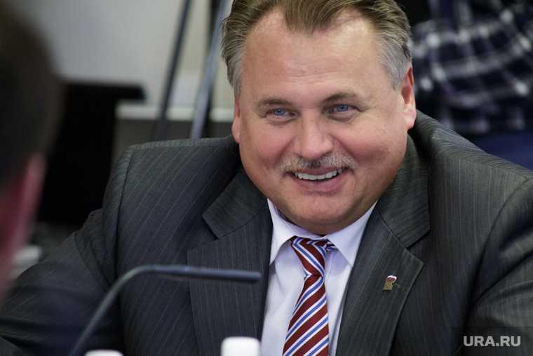 Уткин уволился из депутатов