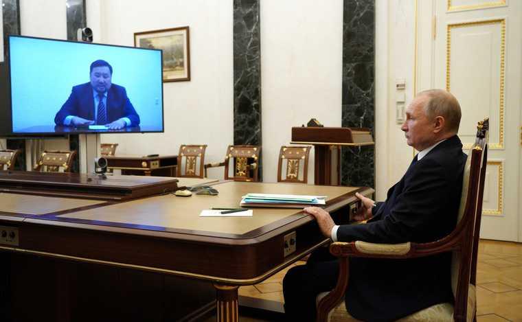 Путин запустил весеннюю волну отставок губернаторов