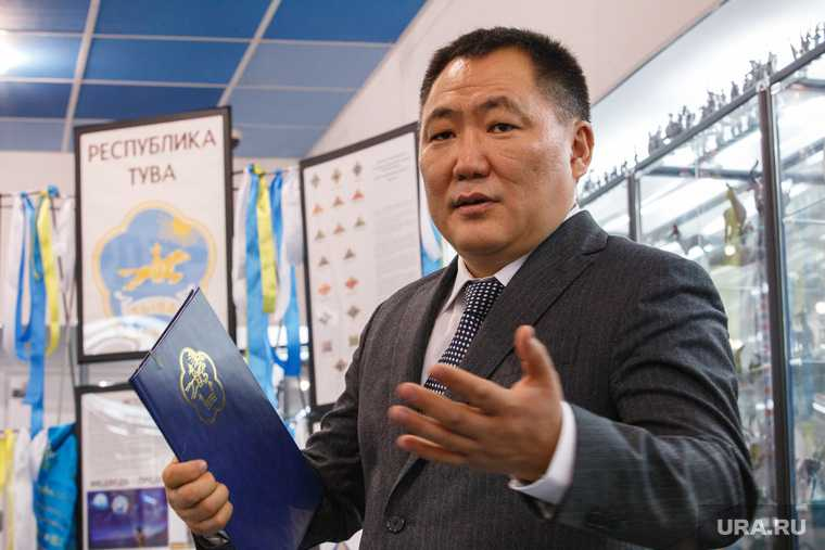 Шолбан Кара-Оол. президент Тувы. Дом коллекционеров. Екатеринбург