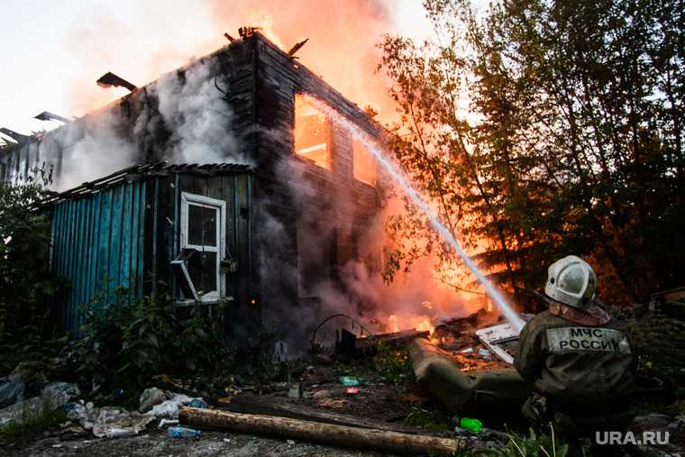 пожар в Бызово погибли дети Следственный комитет причина