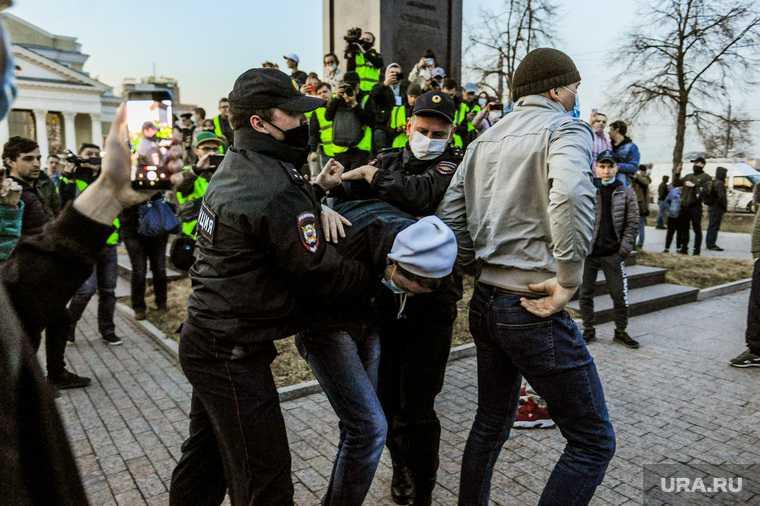митинги навальный челябинск число задержанных