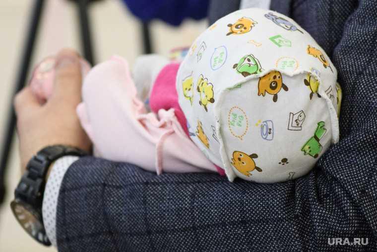 Челябинск микрорайон Вишневая горка ребенок малыш 2 года смерть ожоги травмы уголовное дело